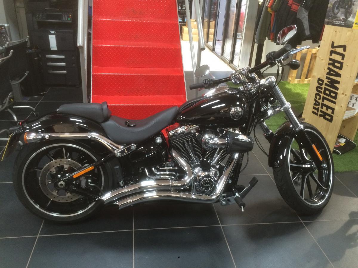 Harley davidson fxsb 103 breakout 1690 14 for sale manchester
