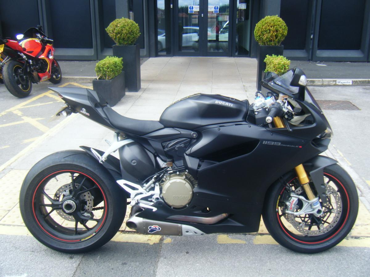 DUCATI 1199 S PANIGALE ABS