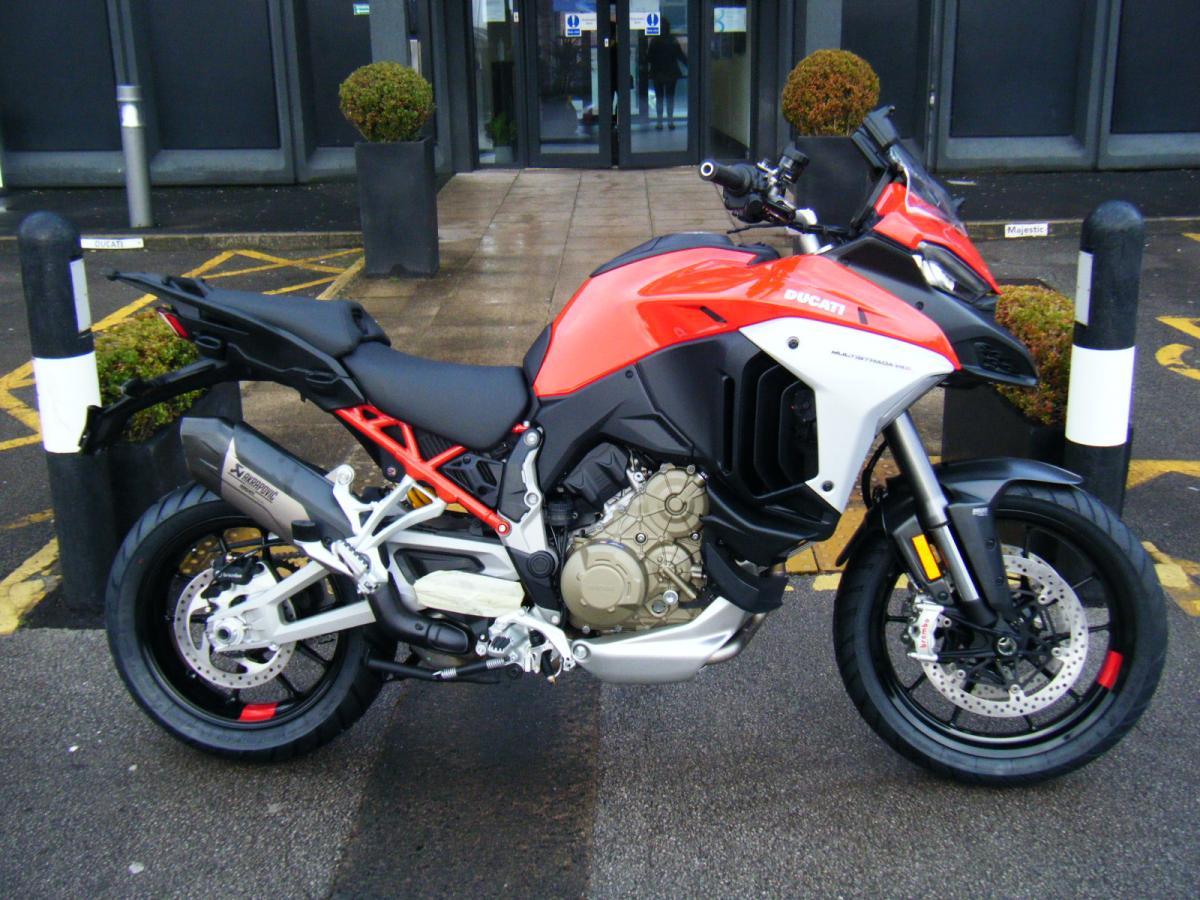Ducati Multistrada V4S + Full