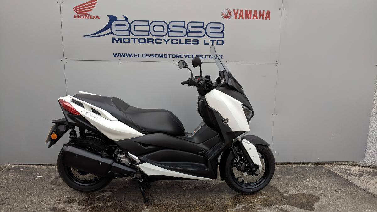 YAMAHA YP300 X-MAX