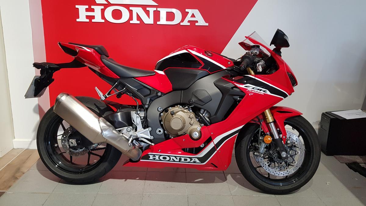 HONDA CBR1000RAH