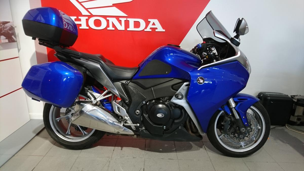 HONDA VFR1200FC
