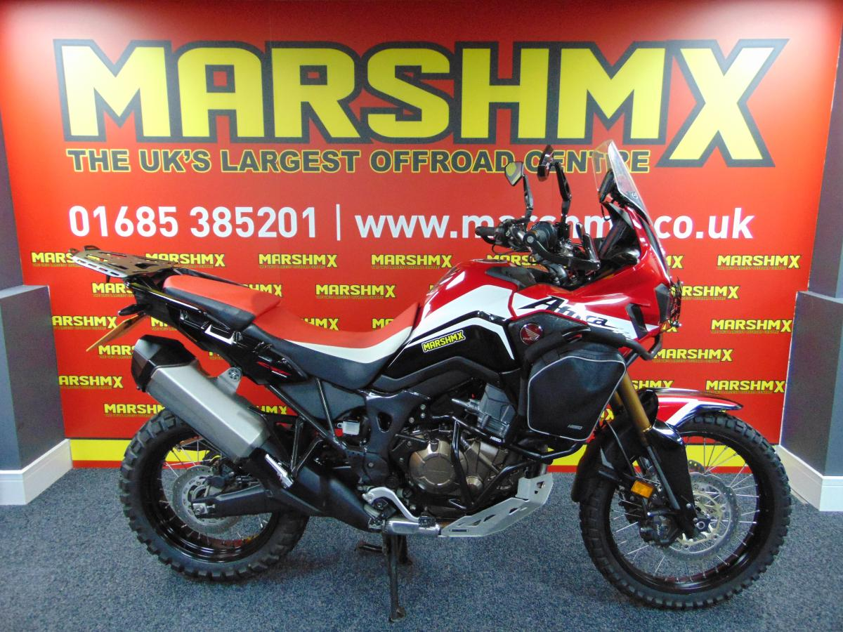 CRF 1000L AFRICA TWI style=