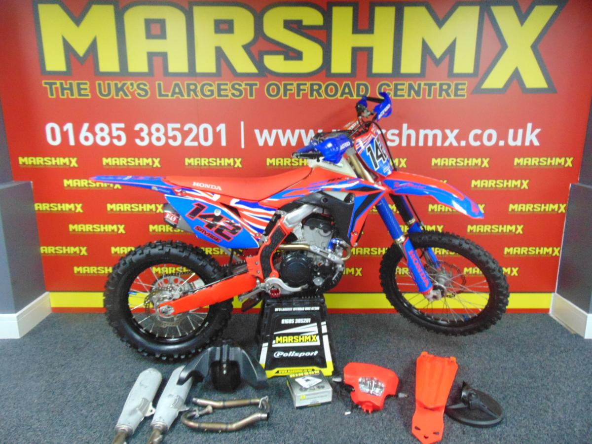 CRF 300 RX style=