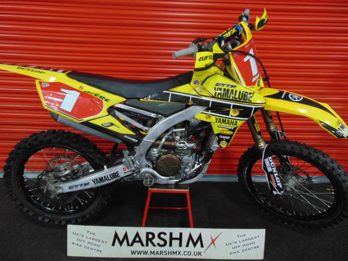 YZ 250 F  style=