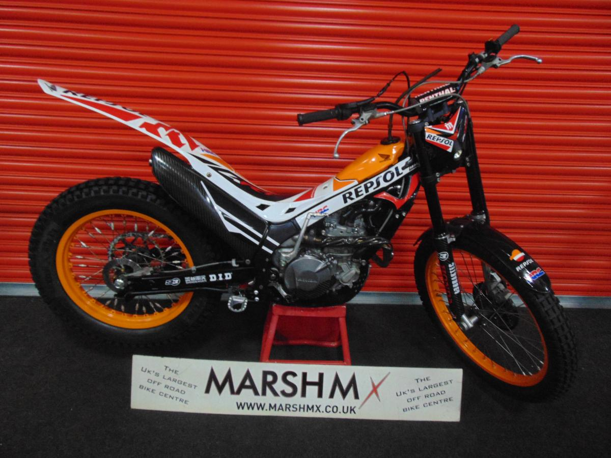 MONTESA RACE REPLICA style=