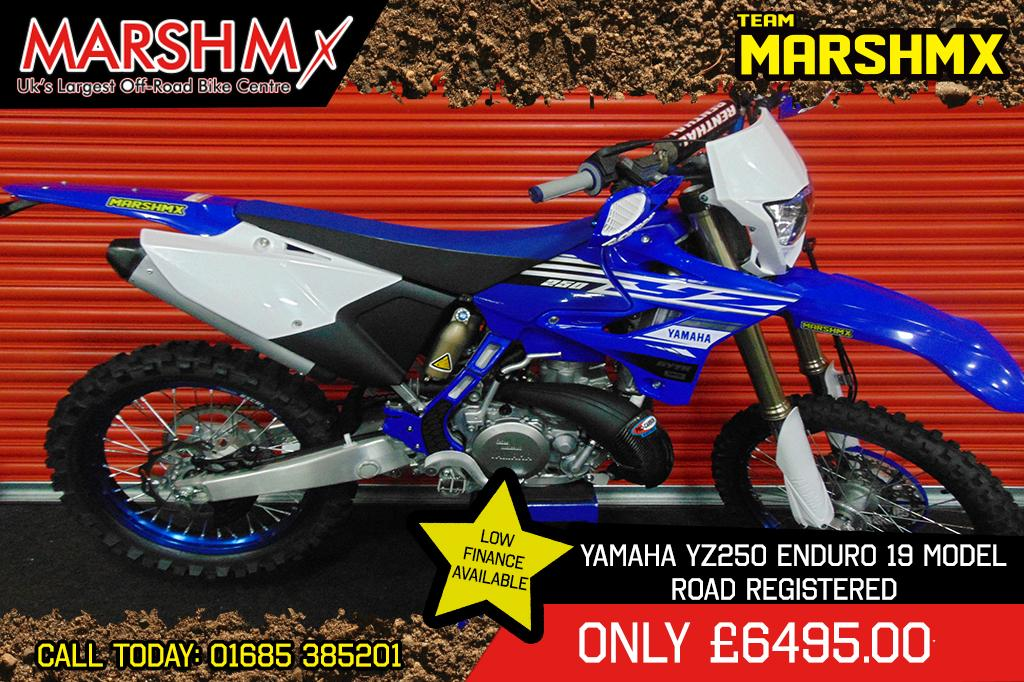 YZ 250 LC style=
